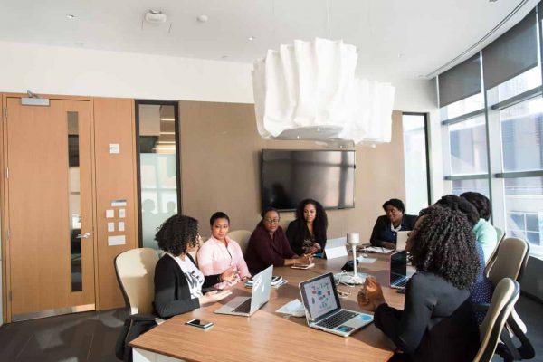 Szafy biurowe, czyli rganizacja przestrzeni w biurze